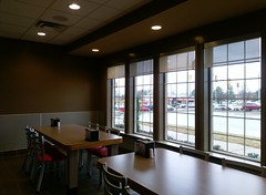 Looking out the front windows in the new Hardee's (l_dawg2000) Tags: food usa retail breakfast mississippi restaurant unitedstates eat fries burgers ms remodel hardees delicatessen bobevans shakes remodeled hornlake labelscar holidayham goodmanrd