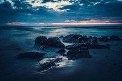 Week 20/52 - A Night at the Ocean (LichtrefLex Fotografie) Tags: ocean sky nature water night clouds landscape seaside wasser long exposure waves outdoor stones naturallight ostsee
