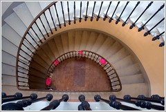 Descente (Jolivillage) Tags: france stairs europe aude escalier languedoc languedocroussillon lesomail jolivillage