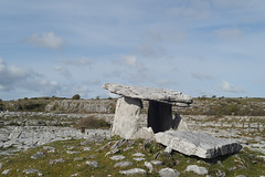 Poulnabrone portal tomb 2 (diffendale) Tags: ireland irish archaeology megalithic monument grave stone architecture eire burial ritual prehistoric karst capstone cairn bronzeage stoneage neolithic megalith dolmen prehistory poulnabrone portaltomb pollnambrn 4thmillenniumbce portalstones pleiades:depicts=406501931 37thcbce 38thcbce