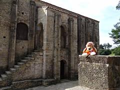 Santa M del Naranco, Oviedo, Espaa (Caty V. mazarias antoranz) Tags: asturias unesco oviedo romnico santamaradelnaranco montenaranco patrimoniodelaunesco