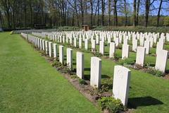 The Arnhem Oosterbeek War Cemetery, Holland. (Seckington Images) Tags: flickr arnhem ww2 cwgc