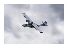 Catalina (Tnio) Tags: flying catalina spirit lac meeting airshow ciel nuage 2016 arien hydravion biscarrosse hydraviation