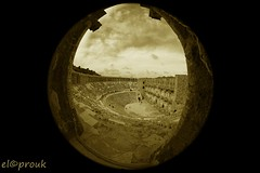 Ancient Aspendos (elcoprouk) Tags: travel bw white black blanco monochrome sepia architecture turkey ancient angle y outdoor negro wide amphitheatre fisheye et blanc aspendos noire