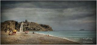 (048/15) Los vigilantes de la playa