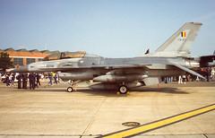 FB07 (Al Henderson) Tags: 2 force aviation military air wing airshow f16 fete falcon 1998 belgian fighting lockheed raf mildenhall fb07