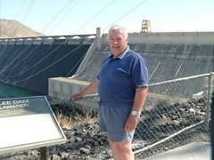 027-02 USA, Washington, Grand Coulee Dam, A large version of me! (Aristotle13) Tags: dam columbiariver wa grandcoulee washingtonstate 2007 usavacation