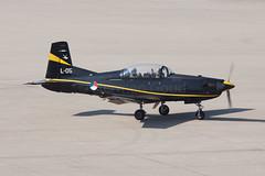 Eindhoven 2015: PC-7 L-05 (Hermen Goud Photography) Tags: canon aircraft eindhoven l05 2015 eheh pc7 klu eos50d