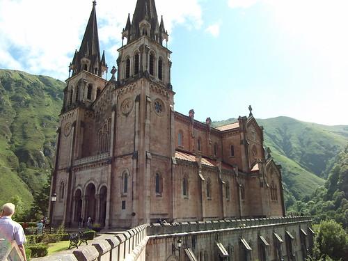 Basílica de Santa María la Real de Covadonga, Asturias