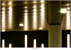 Onder het spoor (nandOOnline) Tags: station licht nacht ns nederland tunnel avond centrum stad donker plafond helmond pilaar verlichting nsstation spoortunnel nbrabant