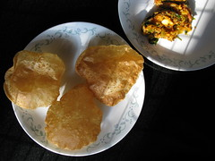 Wayanad district, Kerala state, India, Asia, Indien, Asien (oksana8happy) Tags: copyright food india breakfast restaurant hotel essen asia asien heiconeumeyer indian kerala resort blooms indien wayanad indianfood gastronomie gastronomy frühstück puri southasia copyrighted nahrung poori indisch puribhaji wayanaddistrict indianbreakfast südasien nordkerala bloomsresort bloomswayanad kenichira wayanadblooms pooribhaj puribhaj
