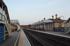 Loughborough (JH Stokes) Tags: station photography tracks railways railwaystations trainspotting loughborough stationswithouttrains sanstrains