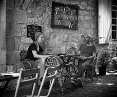 Caf Plum (Just Ard) Tags: man woman cafe caf sitting people person face street photography candid unposed black white mono monochrome bw blackandwhite noiretblanc biancoenero schwarzundweis zwartwit blancoynegro  justard nikon d750 50mm rectangle frame tarn midipyrenees