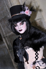 2015 Venice - Eight (Nemodus photos) Tags: carnival venice portrait france veneza de costume mask di carnaval venetian venise carnevale venecia venezia italie masque carnavale dguisement venitien  2015 veneti venecija venetsia veneetsia carnavalvnitien  abigfave    veneia costums  nemodus mascherevenezianedallagodicomo  fz1000 carnavaldevenise2015 carnevaledivenezia2015 venetianscarnival2015 2015 karnevaluveneciji2015 karnevalvonvenedig2015 dominavoncoach