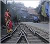 L'attente (jacques-tati) Tags: darjeeling inde toytrain ghom bengaleoccidental