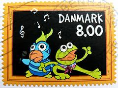 beautiful stamp Danmark 8.00Kr (Andrea & Kaj (parrot & frog), stars of children puppets TV; Papagei & Frosch; Psittaciformes & Anoures) Denmark timbre Danemark postage selo Dinamarca sello francobolli Danimarca    pullar Danimarka   (thx for sending stamps :) stampolina) Tags: television postes children stars denmark tv stamps parrot frog puppets porto timbre dnemark frosch danmark postage papagei revenue selo bolli sello sellos briefmarken pulu frimrken briefmarke  timbres frimrker timbreposte francobolli bollo psittaciformes pullar frimaerke  anoures timbru wysyka  postapulu yupio postetimbre  templite    potarina patoilaidos  peiatky  potovn blyegek postestimbres