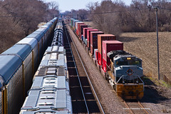 UP #1989 from Curtis Steinberg Rd (tim_1522) Tags: railroad heritage rio grande illinois pacific steel sub union rail trains denver il chester western 1989 mopac subdivision emd intermodal railfanning railfans sd70ace