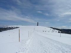 Lovely sunny winter day and snow hike to the summit of Feldberg, Black Forest, Baden, Germany (Loeffle) Tags: schnee winter snow germany deutschland day bluesky clear baden allemagne schwarzwald blackforest blauerhimmel feldberg seebuck foretnoire 042015