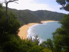 Abel Tasman (pjonas) Tags: ocean new beach strand island sand meer pacific south zealand shore abel tasman neuseeland wellen pazifik sdinsel ozean