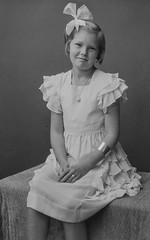 PEM-CHA-N01411 Portrett av jente
