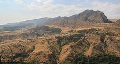 Overlooking from Amadiya (Kachangas) Tags: ancient plateau iraq iraqi kurdistan kurds assyrian iraqikurdistan kudish amadiya