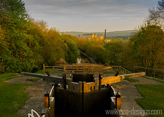 _MG_8842-2 (_neiledwards_) Tags: sunset canon canal locks leedsliverpoolcanal bingleyfiverise canon550d