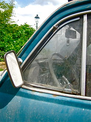 Reflections in the Past (ClassicsOnTheStreet) Tags: italy classic abandoned 1971 italia fiat 70s oldtimer streetphoto spotted 500 1970s wreck veteran decline streetview fiat500 itali sloop straatbeeld strassenszene aircooled 2016 wrak verval sr2 klassieker verlaten capranica epave gespot 500r sloper luchtgekoeld straatfoto catorcio 2cylinder giacosa carspot nuova500 dantegiacosa 19721975 2cilinder classicsonthestreet 30462roma romah30462 viadeicavalieridevveneto