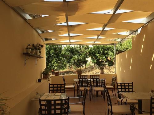 Open breakfast area