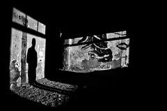 L'incontro impossibile (Marco Damilano) Tags: borderfx ombra luce lightendshadows bn blackendwhite