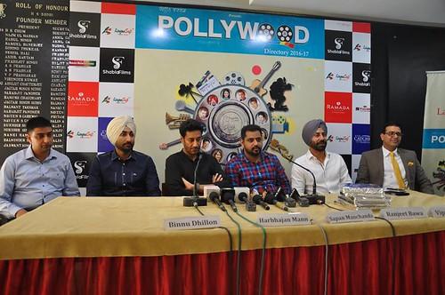 LinguaSoft EduTech's Director Mr. Gurvinder Singh Kang with top pollywood stars Binnu Dhillon, Preet Harpal, Harbhajan Maan, Ranjit Bawa, Sapan Manchanda, Pankaj Vohra and others at the launch of #rangeen #world #directory #pollywood.