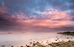 Lammerlaws sunset (lowres) - 20160805 (C.Andrews) Tags: sea forth burntisland fife inchkeith sunset beach rocks tide clouds storm island coast sky
