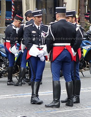 bootsservice 16 490276 (bootsservice) Tags: arme army uniforme uniformes uniform uniforms bottes boots riding boots weston moto motos motorcycle motorcycles motard motards motorcyclists motorbike gants gloves gendarme gendarmes gendarmerie nationale parade dfil 14 juillet bastille day champs elyses paris