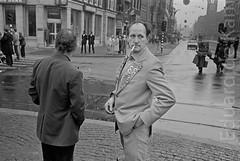 EdK-19800430-0003.tif (eduard.dekam) Tags: amsterdam nederland oranje noordholland kroning
