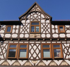 (:Linda:) Tags: house window animal germany town year bluesky thuringia initial octagon gable halftimbered fachwerk 1892 historismus themar rocaille historicism lacelike cruxdecussata standrew´scross