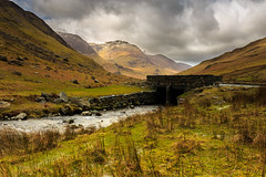 Honister Pass Bridge (capturedcanvas.co.uk) Tags: uk bridge chris lake snow canon angle district wide captured pass smith canvas cumbria usm 6d 1740l honister