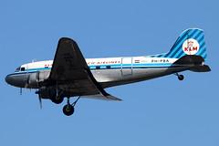 PH-PBA_03 (GH@BHD) Tags: vintage aircraft aviation piston klm douglas dc3 dakota airliner c47 dda bhd propliner royaldutchairlines belfastcityairport dutchdakotaassociation phpba