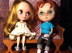 Blythe-a-Day March #19: Alien; #24: Science Project: Emma and Peanut