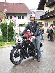 ARIEL 500 F - 1929 (John Steam) Tags: ariel vintage austria meeting motorbike motorcycle oldtimer trophy omg oberösterreich 1929 motorrad attersee nussdorf 500f oldtimertreffen bergpreis