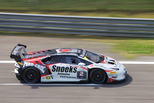 "Blancpain Endurance Series - Monza 2015 • <a style=""font-size:0.8em;"" href=""http://www.flickr.com/photos/104879414@N07/16922502560/"" target=""_blank"">View on Flickr</a>"