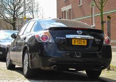 2011 Nissan Altima 2.5 SL (rvandermaar) Tags: nissan sl 25 altima 2011 nissanaltima sidecode8 8tgs11