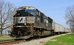 #263 at I&M Crossing - 2008 (HighHor$epower) Tags: triplecrown sd70m roadrailer ns2641 imcrossing ns263