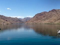 """ Beautiful Scenery & Weather "" (ColFineArtistMar1) Tags: arizona lake mountains water outdoors scenery rocks desert peaceful daytime refreshing willowbeach"