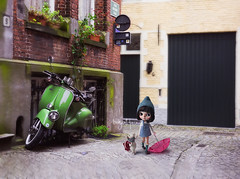 """""""Where are we going Dreide? I'm tired, can you give me your hand?"""" (_babycatface_) Tags: cute toy doll cutiepie blythe custom takara blythedoll dollphotography customblythe customdoll toyphotography blythecustom takaradoll babycatfacedollies babycatface takaratoy"""