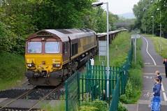 66-068-6Z41-Haybridge-27-5-2016- (D1021) Tags: shed telford pole wellington hadley summerhouse dbs d300 class66 ews 6z41 haybridge 66068 poleshot dbschenker stonenikond300