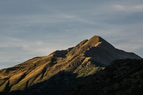 Lo Tuc del Caubo i la Serra de Canals