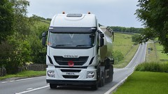 FN16 EYL (panmanstan) Tags: truck wagon derbyshire transport lorry commercial vehicle freight tanker iveco hiway bulk haulage stralis a515