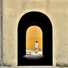oltre -explore- (archifra -francesco de vincenzi-) Tags: street italy square italia minimalism arco carré molise campobasso prospettivacentrale rotello archifraisernia francescodevincenzi