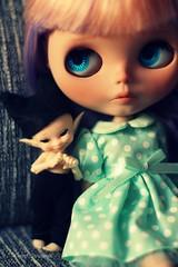 Linette & Pong (Elisabet Threepwood (so busy)) Tags: cute doll dolls carving bjd blythe custom pongo elisabet threepwood linette elitdolls