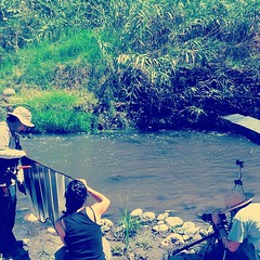 Bilogos trabajando #cortos #ciencia #cine #documental #SchneidIt (Greitas) Tags: square nashville squareformat iphoneography instagramapp uploaded:by=instagram