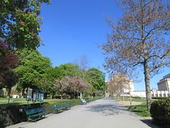 IMG_0654 (elizabeththe) Tags: paris france europe eiffeltower champdemars trocadero